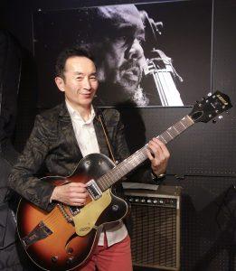 塩塚ジャズギター